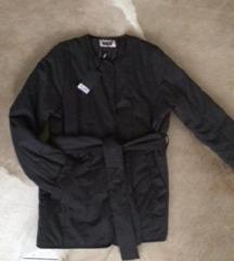 Új puffer weekday kabátom 34-38 ig 40000.- helyett