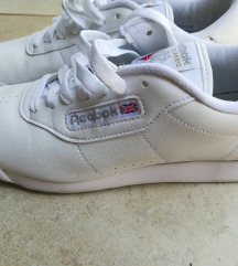 Reebok cipő, 38