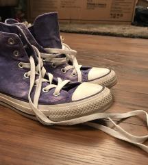Újszerű Converse
