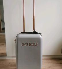 Guess bőrönd