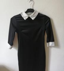 Fekete ingnyakú ruha