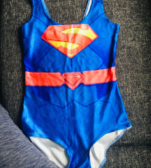 Superman-es fürdőruha