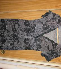 Csipkemintás elegáns, testhez simulós midi ruha