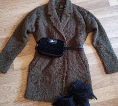 C&A khaki bolyhos stílusú kabát