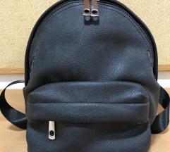 Fekete hátizsák eladó🖤🎒
