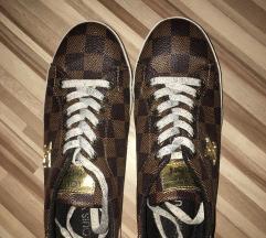 Louise Vuitton cipő