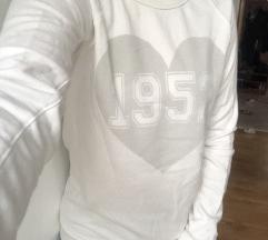 C&A fehér, 1952 feliratos meleg pulcsi S-M
