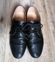 Jenny Fairy fekete lyukmintás oxford cipő