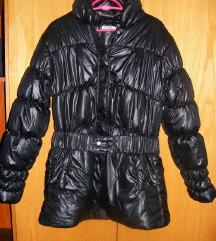 Nagyon klassz fekete csajos női dzseki