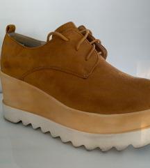 Clows telitalpú mustár sárga színű cipő 38