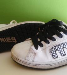 Etnies cipő 37