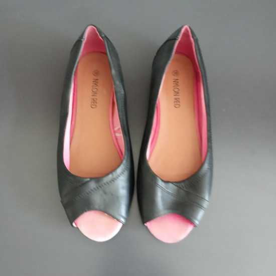 38-as szandál cipő