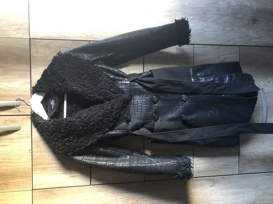Újszerű Női Téli Kabát S-es