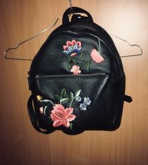 Stradivarius hátizsák