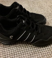 Dance-sneaker cipő