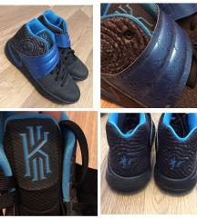 Nike, Vans cipők