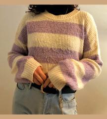 Lila csíkos pulóver