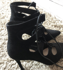 új - magassarkú női cipő (36)