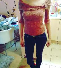 Kötött, vállra leeső Orsay pulcsi