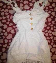 Fehér csinos rövid csipkeruha gumis derékkal M-XL
