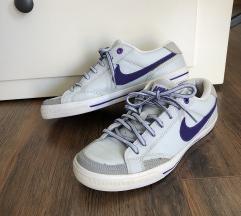Nike cipő 38.5