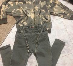 Khaki olasz enyhén ülepes Zara pulcsival
