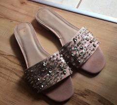 Eladó Bershka papucs