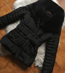 Fekete téli kabát