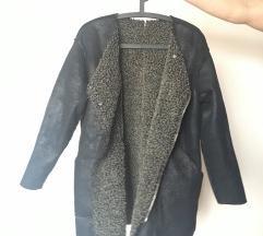Kifordítható hasított bőr, illetve szőrös kabát