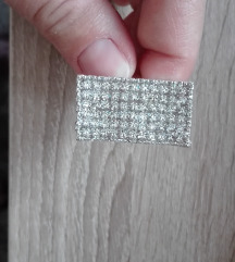 Gyönyörű gyűrű