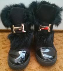 Szörme cipő
