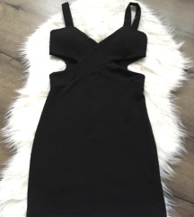 fekete oldalán nyitott ruha