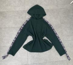 Zara kapucnis pulcsi
