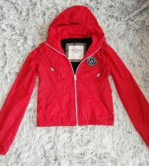 Abercrombie kabát XS