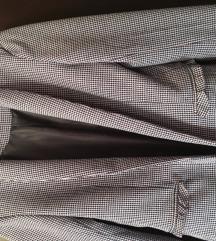 Kockas kosztüm