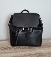 Zara fekete hátitáska hátizsák új