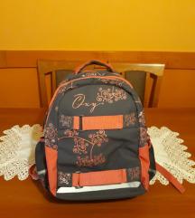 Iskola táska