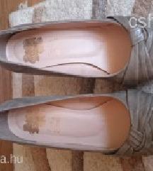 Női cipő 39-es