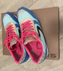 Tamaris sportcipő