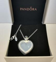 Pandora petite medál