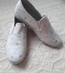 Slip-on tornacipő