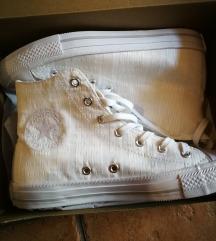 fehér Converse 38as