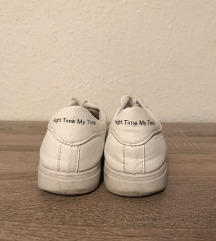 Fehér cipő 37