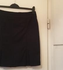 Orsay fekete alapon fehér csíkos szoknya, M/L-es