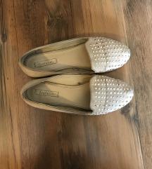 Zara szegecses cipő