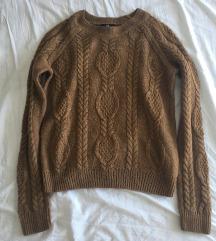 Barna kötött pulcsi