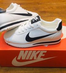 Nike cortez új