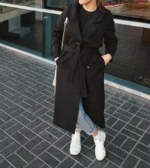 Fekete hosszú állású kabát 38-40