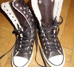 CONVERSE bélelt bőr tornacipő 38-as
