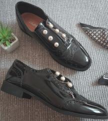 gyöngyös oxford lakkcipő